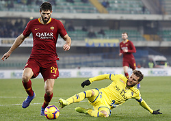 February 8, 2019 - Verona, vr, Italia - Foto Paola Garbuio/LaPresse.08 febbraio 2019 Verona, Italia.sport.calcio.Chievo Verona  vs Roma- Campionato di calcio Serie A TIM 2018/2019 - stadio Bentegodi.Nella foto: fazio,hetemaj..Photo Paola Garbuio/LaPresse.february  08, 2019 Verona, Italy.sport.soccer.Chievo Verona  vs Roma  - Italian Football Championship League A TIM 2018/2019 -  stadio Bentegodi..In the pic:fazio,hetemaj (Credit Image: © Paola Garbuio/Lapresse via ZUMA Press)