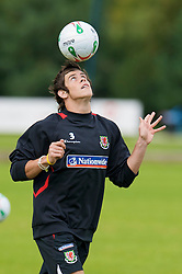 WREXHAM, WALES - Monday, August 18, 2008: Wales' Gareth Bale training at Colliers Park ahead of their UEFA European U21 Championship Group 10 Qualifying match against Romania. (Photo by David Rawcliffe/Propaganda)