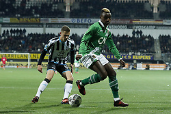 (L-R) Reuven Niemeijer of Heracles Almelo, Thierry Ambrose of NAC Breda during the Dutch Eredivisie match between Heracles Almelo and NAC Breda at Polman stadium on November 26, 2017 in Almelo, The Netherlands