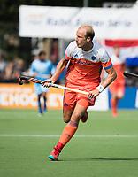 WAALWIJK -  RABO SUPER SERIE. Billy Bakker (Ned)  tijdens  de hockeyinterland heren  Nederland-India,  ter voorbereiding van het EK,  dat vrijdag 18/8 begint.  COPYRIGHT KOEN SUYK