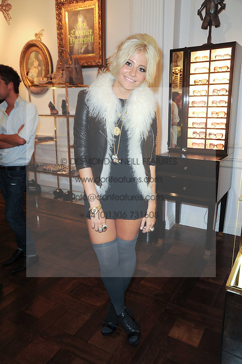 PIXIE LOTT at Juicy Couture, Bruton Street as part of Fashion's Night Out held around London on 8th September 2010.