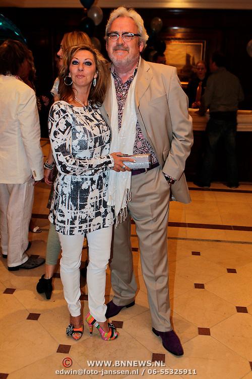NLD/Noordwijk/20100502 - Gerard Joling 50ste verjaardag, Ernst Daniel Smid en partner Rosamarie Giesen van der Sluis