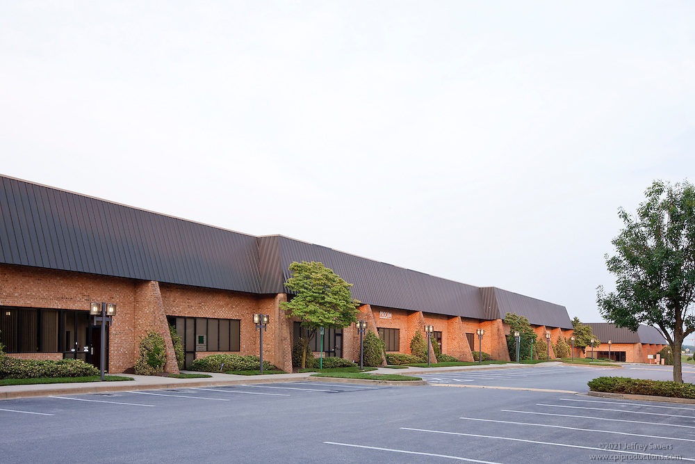 Exterior images of 10810-10840 Guilford Rd. in Baltimore, MD for Merritt Properties