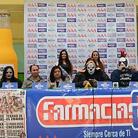 Toluca, México.- Luchadores de la AAA, dieron a conocer en conferencia de prensa el espectáculo que ofrecerán este próximo 30 de enero en el Gimnasio Agustín Millán, donde estarán Cibernetico,La parka,El Mesias,El Tejano, entre otros. Agencia MVT / Arturo Hernández S.