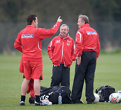 SWANSEA, WALES - Monday, March 30, 2009: Wales' Under-21 manager Brian Flynn training at the Glamorgan Health & Racquets Club ahead of the UEFA Under-21 Championship Qualifying group 3 match. (Photo by David Rawcliffe/Propaganda)