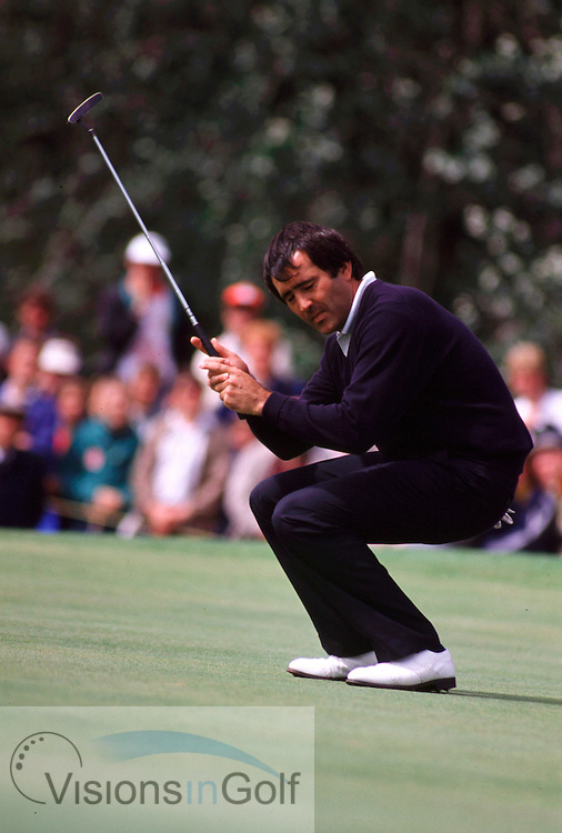 SEVE BALLESTEROS misses a putt The Open Championship 1988<br /> 880720/ ROYAL LYTHAM ST. ANNES, UK/ <br /> <br /> Picture Credit:  Mark Newcombe / visionsingolf.com