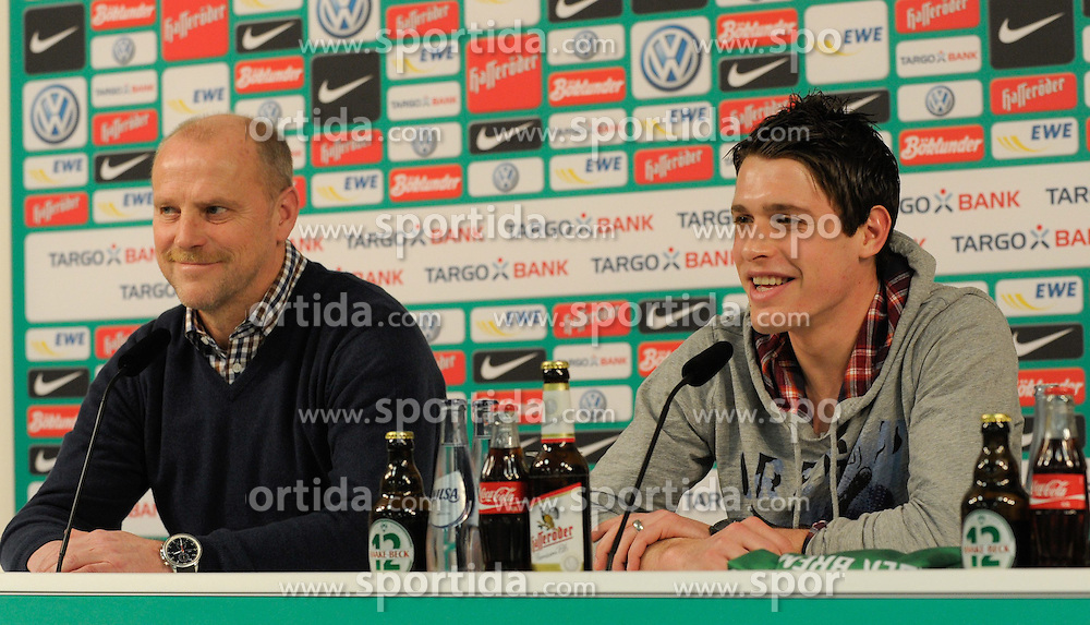 30.01.2012, Weser Stadion, Bremen, GER, 1. FBL, SV Werder Bremen, Zlatko Junuzovic, im Bild Thomas SCHAAF, Trainer von Werder Bremen, links und Zlatko Junuzovic, rechts, lachend auf der PK zur Vorstellung von Zlatko Junuzovic. Neuzugang bei Werder Bremen // during the presentation of Zlatko Junuzovic for his new Club Werder Bremen. The Austrian Midfielder signs a Contract until 2015 for the German Bundesliga Club, Weser Stadium, Bremen, Germany 2012/01/30. EXPA Pictures © 2012, PhotoCredit: EXPA/ Eibner/ Stefan Schmidbauer..***** ATTENTION - OUT OF GER *****