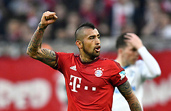 16.04.2016, Allianz Arena, Muenchen, GER, 1. FBL, FC Bayern Muenchen vs Schalke 04, 30. Runde, im Bild Arturo Vidal FC Bayern Muenchen Torjubel // during the German Bundesliga 30th round match between FC Bayern Munich and Schalke 04 at the Allianz Arena in Muenchen, Germany on 2016/04/16. EXPA Pictures © 2016, PhotoCredit: EXPA/ Eibner-Pressefoto/ Weber<br /> <br /> *****ATTENTION - OUT of GER*****