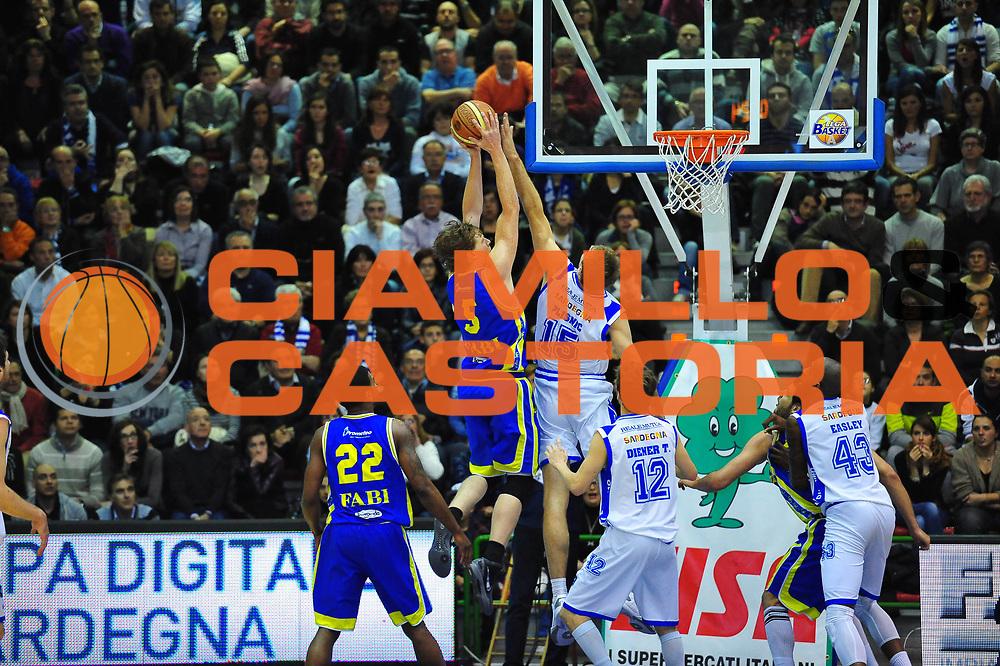 DESCRIZIONE : SASSARI LEGA A 2011-12 DINAMO SASSARI - SUTOR MONTEGRANARO<br /> GIOCATORE : COBY KARL<br /> SQUADRA : DINAMO SASSARI - SUTOR MONTEGRANARO<br /> EVENTO : CAMPIONATO LEGA A 2011-2012<br /> GARA : DINAMO SASSARI - SUTOR MONTEGRANARO<br /> DATA : 15/04/2012<br /> CATEGORIA : TIRO<br /> SPORT : Pallacanestro <br /> AUTORE : Agenzia Ciamillo-Castoria/M.Turrini<br /> Galleria : Lega Basket A 2011-2012  <br /> Fotonotizia : SASSARI LEGA A 2011-12 DINAMO SASSARI - SUTOR MONTEGRANARO<br /> Predefinita :