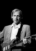 Dire Straits Mark Knopfler live at Princes Trust concert 1988