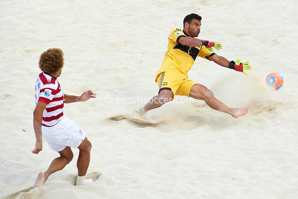 PAPEETE, TAHITI - OCTOBER 20:  FIFA Beach Soccer World Cup Tahiti 2013 between Spain and USA at Stadium Tahua To´ata  on October 20, 2013 in Papeete, Tahiti. (Photo by Manuel Queimadelos)