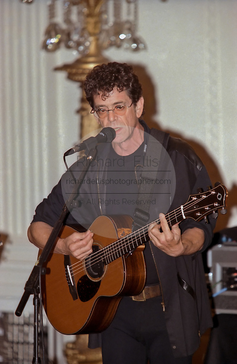 Legendary musician Lou Reed performs for the first time at the White House for a State Dinner in in honor of Czech President Vaclav Havel September 16, 1998 in Washington, DC.