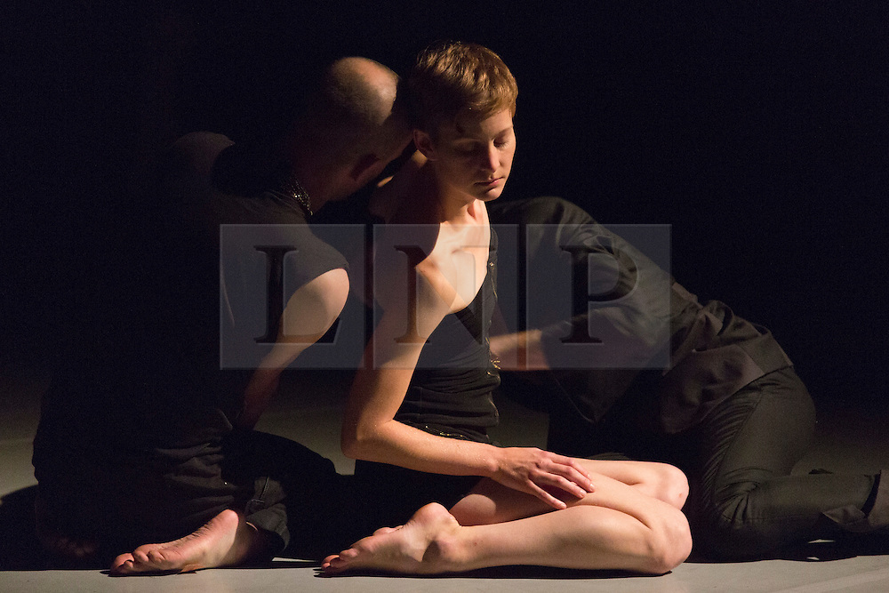 """© Licensed to London News Pictures. 09/10/2015. London, UK. L-R: Nick Bryson, Marlieke Burghouts and Michael Turinsky performing. Robin Dingemans & Nick Bryson's """"The Point At Which It Last Made Sense"""" is performed at the Lilian Baylis Studio at Sadler's Wells on 9 October 2015. Performers: Nick Bryson, Michael Turinsky and Marlieke Burghouts. Photo credit: Bettina Strenske/LNP"""