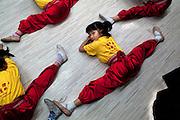 Wai-Kei (5, splitting and bending) from Cha Duk Chang (查篤撐) - the Children's Cantonese Opera Association of Hong Kong -