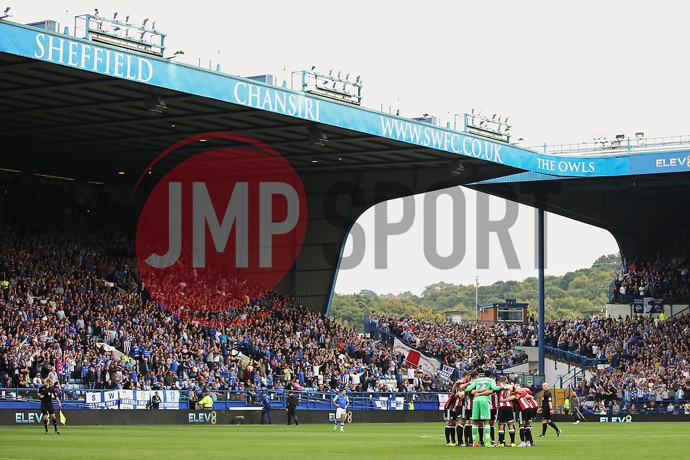Sheffield United players huddle before kick off - Mandatory by-line:  Matt McNulty/JMP - 24/09/2017 - FOOTBALL - Hillsborough - Sheffield, England - Sheffield Wednesday v Sheffield United - Sky Bet Championship