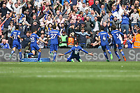 Football - 2017 / 2018 Premier League - Southampton vs. Chelsea<br /> <br /> Olivier Giroud of Chelsea celebrates his goal at St Mary's Stadium Southampton<br /> <br /> COLORSPORT/SHAUN BOGGUST