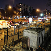 Gli sforamenti della soglia massima della concentrazione di Pm10, le cosiddette polveri sottili  (50 microgrammi al metro cubo) sono spesso registrati dalla centralina in piazza Rebaudengo, zona molto trafficata alla periferia di Torino.