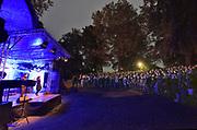 Nederland, Nijmegen, 21-9-2018Openening van de Nijmeegse Kunstnacht op het Valkhof door een optreden van Nora Fischer en Marnix Dorrestein.Foto: Flip Franssen