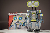 2015-10-8 Meccanoid Press Conference