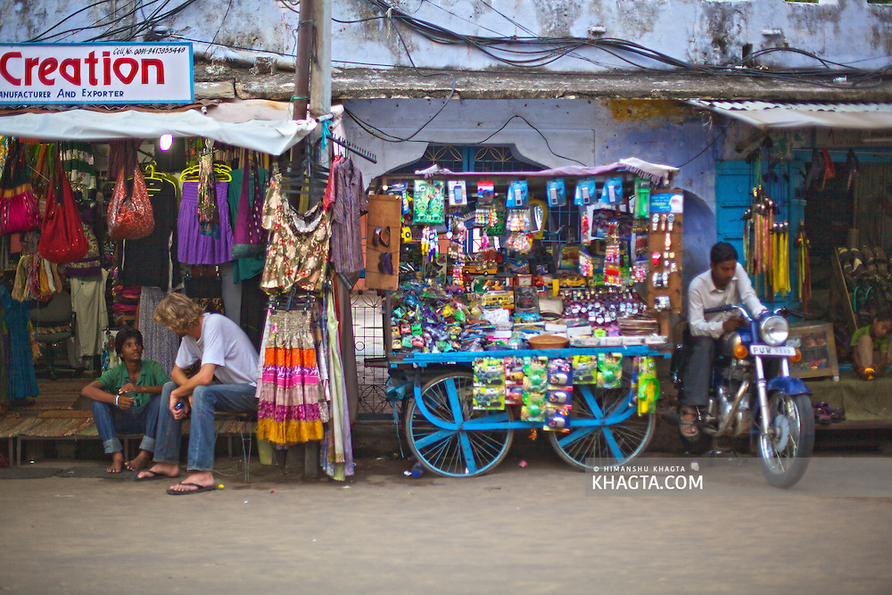 Colorful Market in the Holy town of Pushkar, 14 kms from Ajmer is famous for its annual camel fair held in the autumn. With a scared lake, old temples and roof top restaurants, its a major tourist attraction attracting mostly foreign tourists. Pushkar also offers a great variety of delicious food. The town that got famous by its colorful camel fair is a very old religious place for Hindu pilgrims.