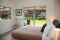 tatahi lodge hahei holiday accommodation on the coromandel peninsula by coromandel photographer felicity jean photography real estate photographer