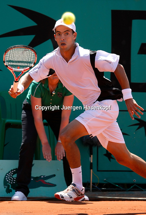 French Open 2010, Roland Garros, Paris, Frankreich,Sport, Tennis, ITF Grand Slam Tournament, ..Santiago Giraldo (COL) .. ....Foto: Juergen Hasenkopf..