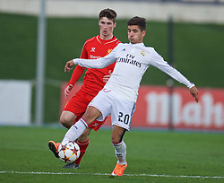 MADRID, SPAIN - Tuesday, November 4, 2014: Liverpool's Corey Whelan and Real Madrid CF's Cristian Cedres during the UEFA Youth League Group B match at Ciudad Real Madrid. (Pic by David Rawcliffe/Propaganda)