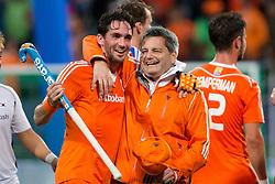 THE HAGUE - Rabobank Hockey World Cup 2014 - 2014-06-03 - MEN - The Netherlands - Korea - Robert van der Horst (c) en Paul van Ass