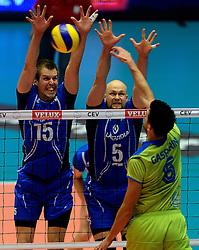 21-09-2013 VOLLEYBAL: EK MANNEN SLOVENIE - FINLAND: HERNING<br /> Matti Oivanenm Antti Siltala, Mitja Gasparini<br /> &copy;2013-FotoHoogendoorn.nl
