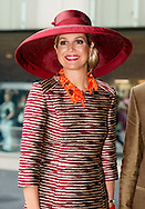 ROTTERDAM - Queen M&aacute;xima opens exhibition Design Derby: Netherlands-Belgium (1815-2015) Queen M&aacute;xima opens Friday June 19th 2015 at Museum Boijmans Van Beuningen in Rotterdam, the exhibition 'Design Derby: Netherlands-Belgium (1815-2015). The objects show styling two centuries in the Low Countries. COPYRIGHT ROBIN UTRECHT<br /> ROTTERDAM - Koningin M&aacute;xima opent tentoonstelling Design Derby: Nederland-Belgi&euml; (1815-2015) Koningin M&aacute;xima opent vrijdagmiddag 19 juni 2015 in Museum Boijmans Van Beuningen in Rotterdam de tentoonstelling &lsquo;Design Derby: Nederland-Belgi&euml; (1815-2015)&rsquo;. De objecten tonen twee eeuwen vormgeving in de Lage Landen. COPYRIGHT ROBIN UTRECHT