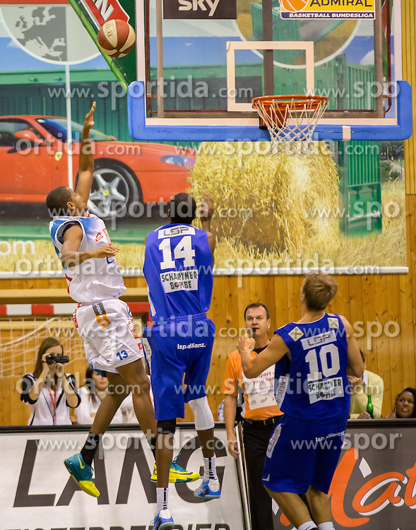 26.10.2014, Walfersamhalle, Kapfenberg, AUT, ABL, ece Bulls Kapfenberg vs Swans Gmunden, 8. Runde, im Bild v.l.: Tayler Griffey (Swans Gmunden) Martin Kohlmaier (Bulls Kapfenberg) Matthias Mayer (Swans Gmunden) // during the Austrian Basketball League, 8th Round, between ece Bulls Kapfenberg and Swans Gmunden at the Sportscenter Walfersam, Kapfenberg, Austria on 2014/10/26, EXPA Pictures © 2014, PhotoCredit: EXPA/ Dominik Angerer