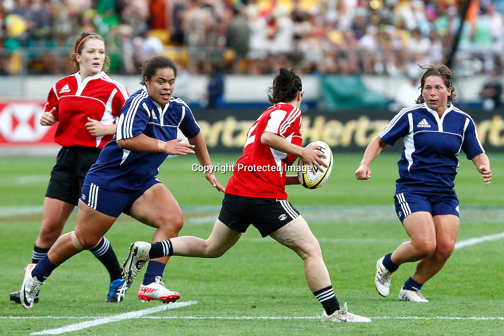 Womens exhibition match between during the Hertz Wellington Sevens - Day two at Westpac Stadium, Wellington, New Zealand on Saturday, 4 February 2012. Photo: Ella Brockelsby / photosport.co.nz