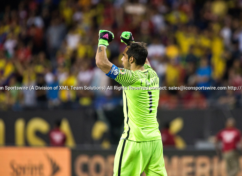 23 June 2016: Chile goalkeeper Claudio Bravo (1) celebrates at the end of the Copa America Centenario Semifinal match between Colombia and Chile, at Soldier Field in Chicago, IL. Chile won 2-0 to advance to the finals to face Argentina. (Photo by Tony Ding/Icon Sportswire)