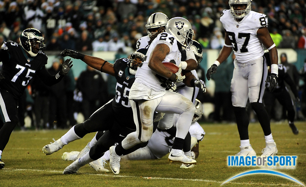 Dec 25, 2017; Philadelphia, PA, USA; Oakland Raiders running back Marshawn Lynch (24) during a NFL football game at Lincoln Financial Field. The Eagles defeated the Raiders 19-10. Photo by Reuben Canales
