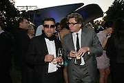 PAUL FRYER AND DUNCAN GRANT, The Summer Party in association with Swarovski. Co-Chairs: Zaha Hadid and Dennis Hopper, Serpentine Gallery. London. 11 July 2007. <br /> -DO NOT ARCHIVE-© Copyright Photograph by Dafydd Jones. 248 Clapham Rd. London SW9 0PZ. Tel 0207 820 0771. www.dafjones.com.