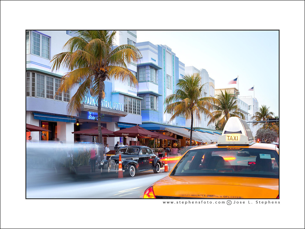 Hotels, bars and restaurants at Ocean Drive, South Beach, Miami, Florida, USA