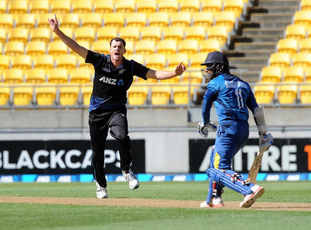 New Zealand's Kyle Mills appeals unsuccessfully the wicket of Sri Lanka's Kumar Sangakkara in the 7th One Day International cricket match at Westpac Stadium, New Zealand, Sunday, January 29, 2015. Credit:SNPA / Ross Setford