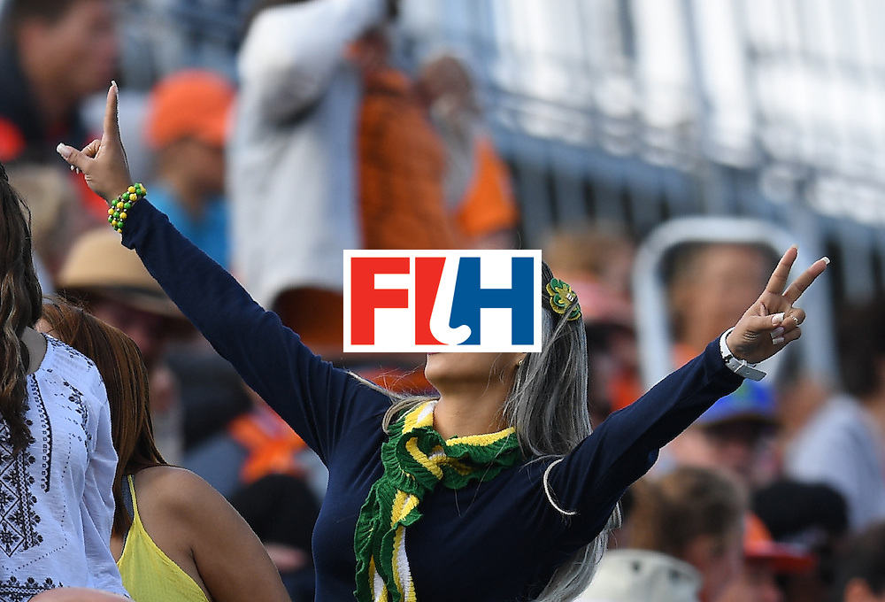 A fan gestures during the men's field hockey Netherland's vs India match of the Rio 2016 Olympics Games at the Olympic Hockey Centre in Rio de Janeiro on August, 11 2016. / AFP / MANAN VATSYAYANA        (Photo credit should read MANAN VATSYAYANA/AFP/Getty Images)