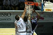 DESCRIZIONE : Bologna Lega A1 2006-07 Playoff Quarti di Finale Gara 5 VidiVici Virtus Bologna Angelico Biella <br /> GIOCATORE : Penetrazione Fallo <br /> SQUADRA : Angelico Biella <br /> EVENTO : Campionato Lega A1 2006-2007 Playoff Quarti di Finale Gara 5 <br /> GARA : VidiVici Virtus Bologna Angelico Biella <br /> DATA : 27/05/2007 <br /> CATEGORIA : <br /> SPORT : Pallacanestro <br /> AUTORE : Agenzia Ciamillo-Castoria/G.Ciamillo