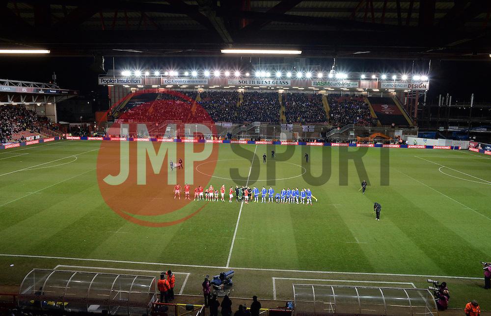 Teams line up prior to kick off. - Photo mandatory by-line: Alex James/JMP - Mobile: 07966 386802 - 29/01/2015 - SPORT - Football - Bristol - Ashton Gate - Bristol City v Gillingham - Johnstone Paint Trophy Southern area final