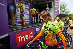 Roxane Knetemann (NED) arrives to sign on at Ladies Tour of Norway 2018 Stage 3. A 154 km road race from Svinesund to Halden, Norway on August 19, 2018. Photo by Sean Robinson/velofocus.com