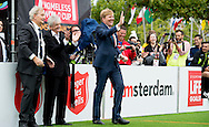 AMSTERDAM - King Willem Alexander takes a penalty against goalie opens Saturday September 12 the Homeless World Cup on the Museumplein in Amsterdam. Then the King attends the opening of the football matches of the Dutch women's team against Argentina and the men's team against Northern Ireland bij.COPYRIGHT ROBIN UTRECHT<br /> AMSTERDAM - Koning Willem alexander neemt een penalty tegen keeper opent zaterdagochtend 12 september de Homeless World Cup op het Museumplein in Amsterdam. Aansluitend woont de Koning de opening van de voetbalwedstrijden van het Nederlands damesteam tegen Argentini&euml; en het herenteam tegen Noord-Ierland bij.COPYRIGHT ROBIN UTRECHT