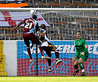Photo: Jed Wee.<br />Burnley v Hull. Coca Cola Championship. 14/10/2006.<br /><br />Burnley's Gifton Noel-Williams (L) rises to score their second goal.
