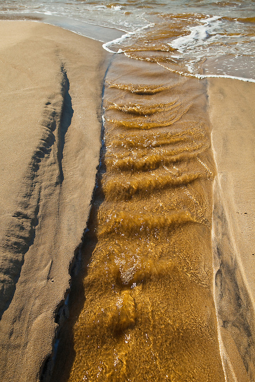 Detalles de arena y agua (Sand and water features). Playa Dail Beag Beach. Lewis Island. Outer Hebrides. Scotland, UK