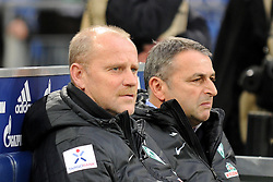 10.11.2012, Veltins Arena, Gelsenkirchen, GER, 1. FBL, Schalke 04 vs SV Werder Bremen, 11. Runde, im Bild V.l.n.r. Trainer Thomas Schaaf mit Manager Klaus Allofs ( beide SV Werder Bremen/ Portrait ), 10.11.2012, 1. Liga, 11. Spieltag, Gelsenkirchen, Nutzungshinweis: EIBNER-PRESSEFOTO Tel: 0172 837 4655. EXPA Pictures © 2012, PhotoCredit: EXPA/ Eibner/ Thomas Thienel..***** ATTENTION - OUT OF GER *****