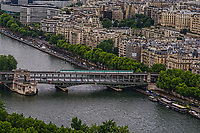 Le Pont Bir-Hakeim (Bir-Hakeim Bridge)