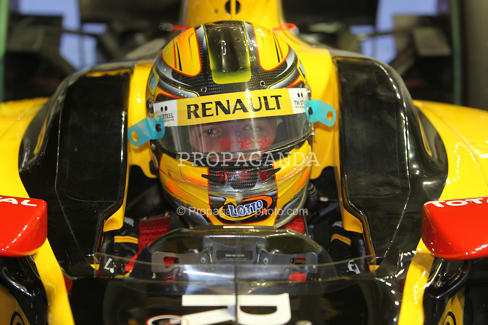 Motorsports / Formula 1: World Championship 2010, GP of Singapore, 11 Robert Kubica (POL, Renault F1 Team),