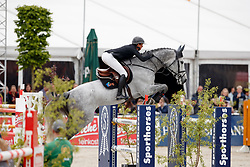 LEPREVOST Penelope (FRA), GFE Excalibur de la tour vidal<br /> Hagen - Horses and Dreams meets the Royal Kingdom of Jordan 2018<br /> Finale Mittlere Tour<br /> 29. April 2018<br /> www.sportfotos-lafrentz.de/Stefan Lafrentz