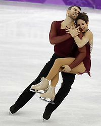 February 15, 2018 - Pyeongchang, South Korea - MEAGAN DUHAMEL and ERIC RADFORD of Canada compete in pairs free skating during the Pyeongchang 2018 Olympic Winter Games at Gangneung Ice Arena. (Credit Image: © David McIntyre via ZUMA Wire)