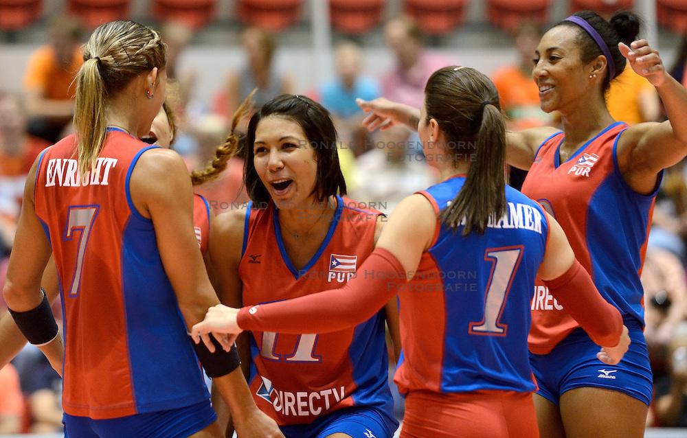 09-08-2014 NED: FIVB Grand Prix Puerto Rico - Polen, Doetinchem<br /> Karina Ocasio, Aurea Cruz